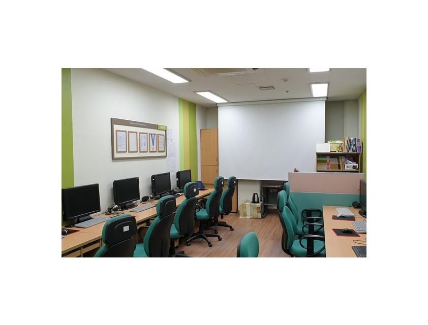 정보화교육실 전경(큰 사이즈)